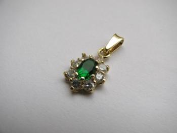 Zlatý přívěsek smaragd a zirkony
