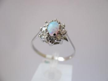 Zlatý prsten opál a zirkony