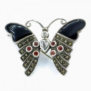 Stříbrná brož onyx a markazit a rubín a zirkon motýl