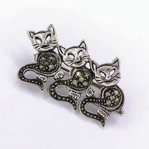 Stříbrná brož markazit kočka